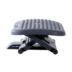 Apoio para os pés- Cor Preto- Plástico –Medida 46 x 35 cm