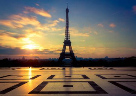 Fototapet Orase, Turnul Eiffel la apus de soare