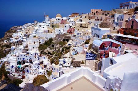 Fototapet Orase, Un oraș cu vedere la mare
