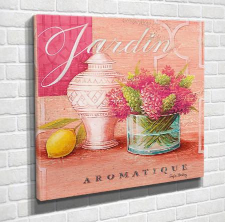 Poster, Vaza cu flori roz pe un fundal roz