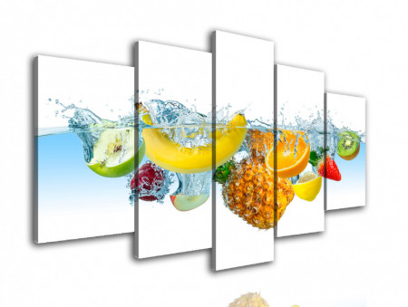 Multicanvas, Fructe în apă pe un fond alb