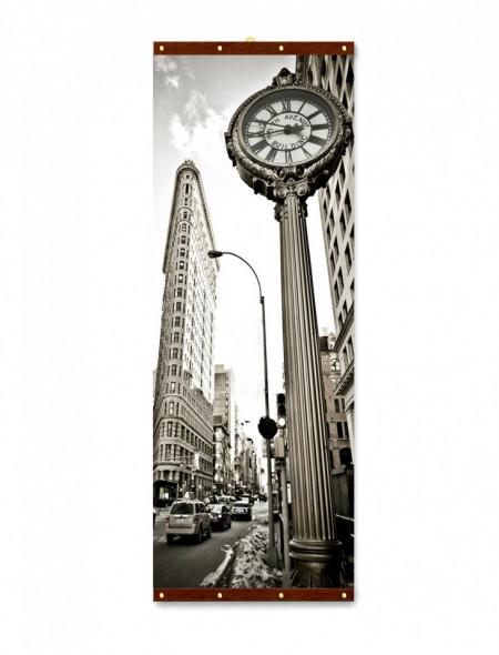 Roll-up, Ceasul din oraș