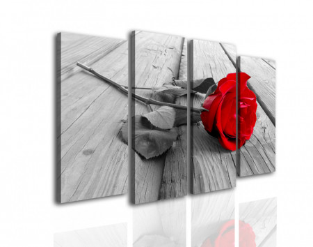 Tablou modular, Trandafirul roșu pe fundalul orașului gri.