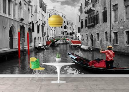 Fototapet Orase, O plimbare pe apă în culorile alb-negru