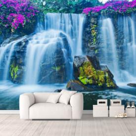Fototapete, Cascada pe fundalul unor pietre mari și a florilor violete