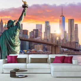 Fototapet Orase, Podul Brooklyn și statuia libertății în zori