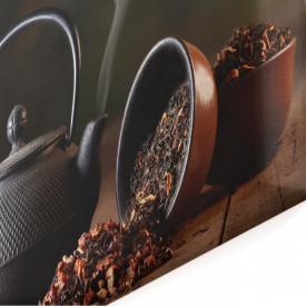 Multicanvas, Un set de ceai de culoarea neagra