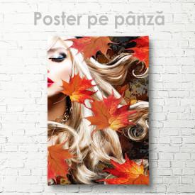 Poster, O blondă în frunziș