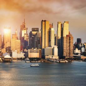 Fototapet Orase, Orașul frumos la apusul soarelui