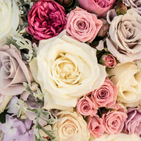 Fototapet, Un buchet de trandafiri de diferite culori