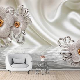 Fototapete 3D, Flori albe cu pietre prețioase pe fundalul apei si unui val de mătase bej