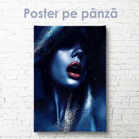 Poster, Figura femeilor în paiete
