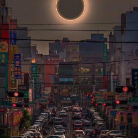 Poster, Eclipsa în China