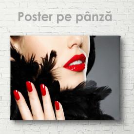 Poster, Manichiură roșie