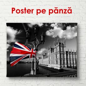 Poster, Steagul britanic pe un fundal al orașului alb-negru