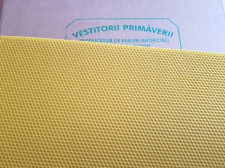 Faguri din ceara 1/1 Vestitorii Primaverii - pachet 5 kg