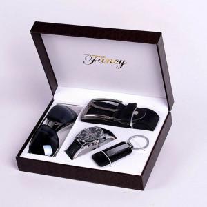 Set cadou cu ceas, curea, breloc chei si ochelari soare Fancy