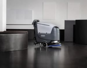 Masina de frecat aspirat podele Nilfisk SC 500 B Full package
