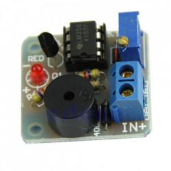 Indikator stanja akumulatora sa piezo zujalicom