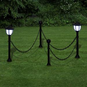 Stâlpi cu felinar cu LEDuri și lanțuri