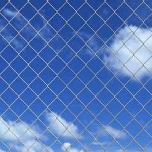 Gard metalic din oțel galvanizat 25 x 1 m cu stâlpi