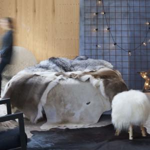Covor din piele de vită, maro și alb, 150 x 170 cm