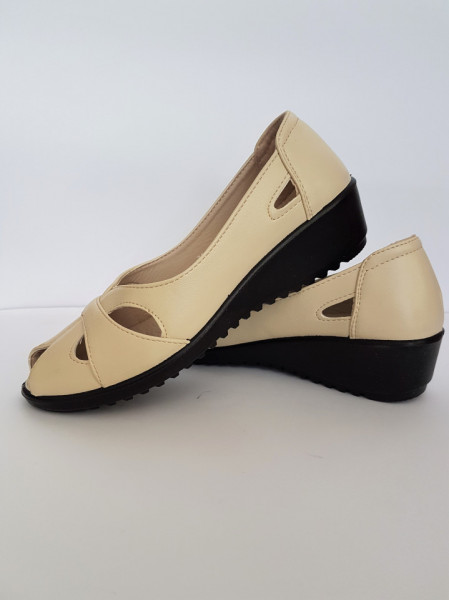 дамски обувки F24-143 311 беж