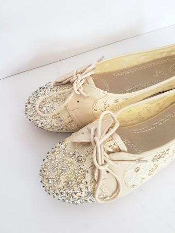 дамски обувки дантела / Women's shoes lace