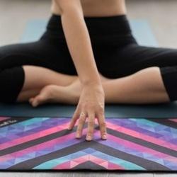 Prosop Yoga Design Lab Chevron Maya Mic