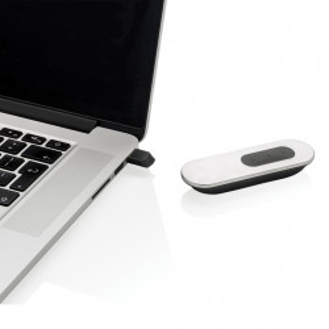 Flat laser pointer and presenter