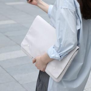 Husa Baseus Basics de laptop pana la 13'' (alb)