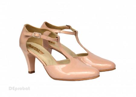 Pantofi dama bej lacuiti cu toc aplicat din piele naturala cod P347