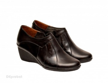 Poze Pantofi dama negri din piele naturala tip botine cod G43