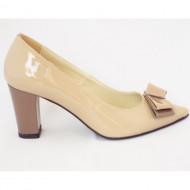Pantofi dama eleganti bej lacuit din piele naturala cod P323