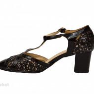 Pantofi dama negri cu toc aplicat din piele naturala cod P350