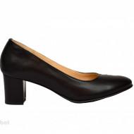 Pantofi dama negri cu toc aplicat din piele naturala cod P357