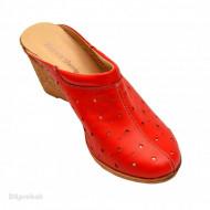 Saboti dama rosii din piele naturala cu perforatii cod SB17 - LICHIDARE STOC 38, 39