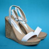 Sandale dama albe cu platforma de 10,5 cm cm din piele naturala cod S53ALB