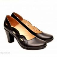 Pantofi dama eleganti negri din piele naturala cod P134
