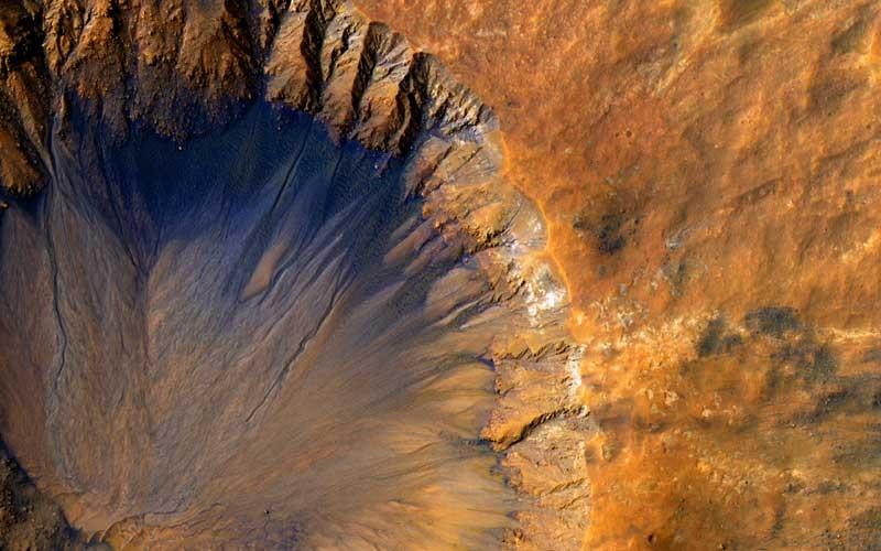 Tablou Crater