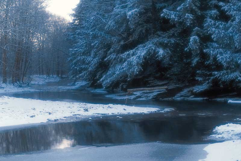 Tablou Rau de munte iarna