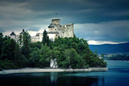 Tablouri arhitectura o cetate medievala