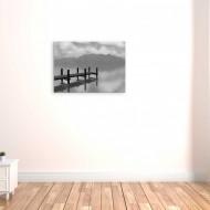 Tablou alb-negru lacul din munti