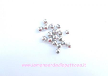 50 perle metalliche tono argento 6mm. immagini
