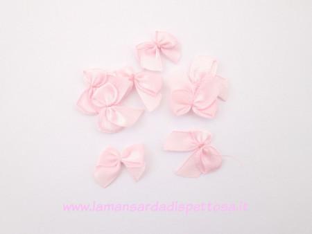10 fiocchi fiocchetti in raso rosa 25x20mm. immagini