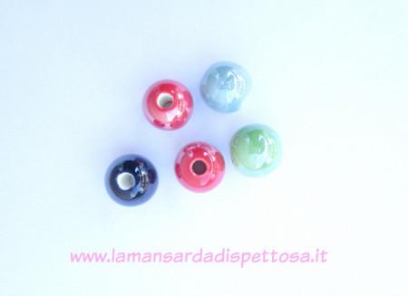 Perla di ceramica 18mm. immagini