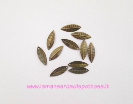 10 charms foglie bronzo immagini