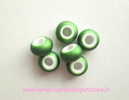 Pandora verde metallizzato immagini