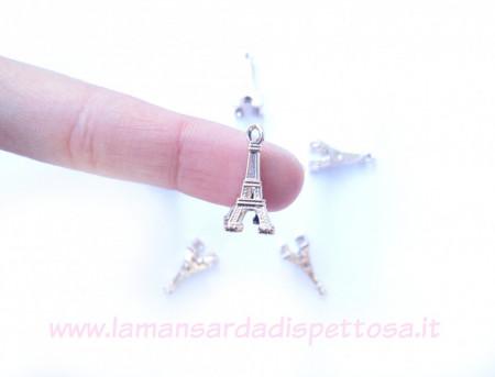 Charm tour Eiffel immagini