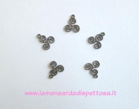 Charm triskelion triscele celtico immagini